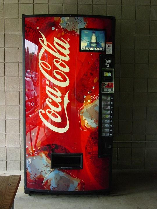 vending machine coca cola